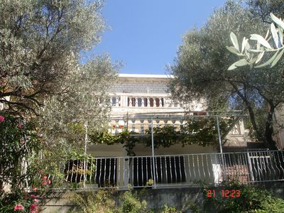 Adapted house in a Mediterranean style, children u. Pet friendly, very good nature