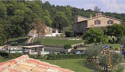 Photo for One bedroom Villa, sleeps 4 in Cisterna with Pool