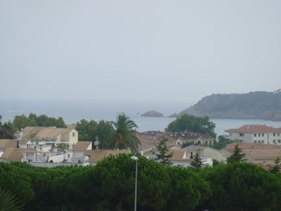Photo for At 400m to the beach approximately. Community swimming pool and tennis. Living room, TV, s