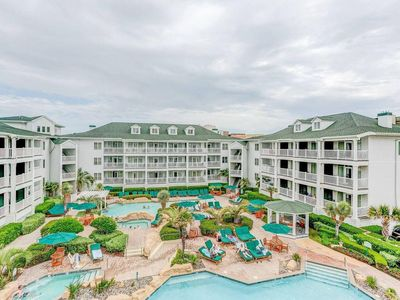 Photo for Modern Suite w/ Fireplace, WiFi, Game Room, Gym, Resort Pools & Beach Access