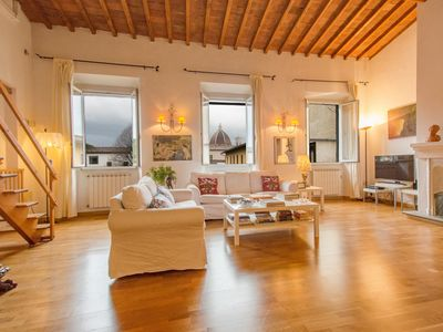 Photo for Panoramic large central apartment in Florence for families / groups