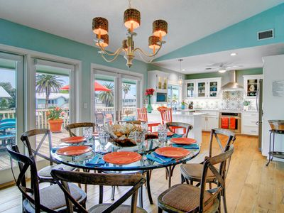 Coastal, Bright and Cheery, Key Allegro Waterfront Canal + Heated Private Pool