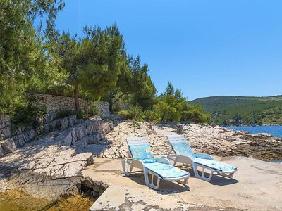 Photo for Apartment 1.5 km from the center of Hvar with Parking, Internet, Air conditioning, Terrace (122849)