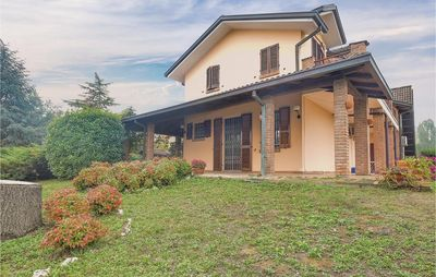 Photo for 6 bedroom accommodation in Rivanazzano Terme
