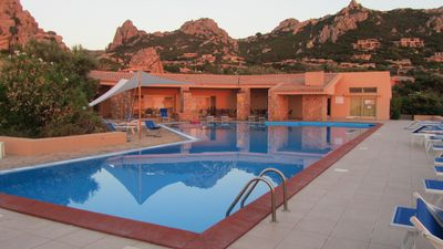 Photo for Villino Elisa with magnificent views and pool with sea water