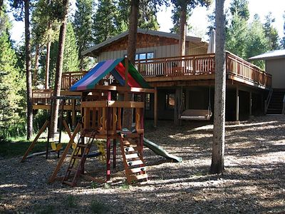 Backyard - A swing set playground is sure to keep your little ones entertained throughout your stay!