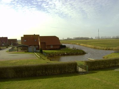 Photo for Beautiful new Frisian kata, directly at the water with little boat-bridge