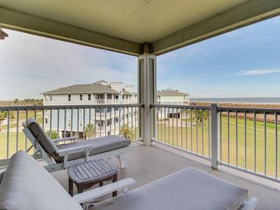 Photo for Sparkling waterfront condo w/ shared pool, hot tub, and ocean views!