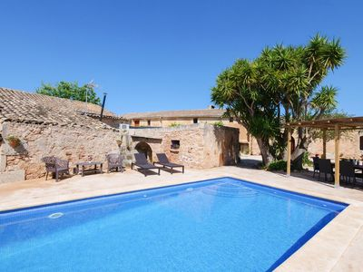 Photo for Spacious finca with garden and pool for 10 people