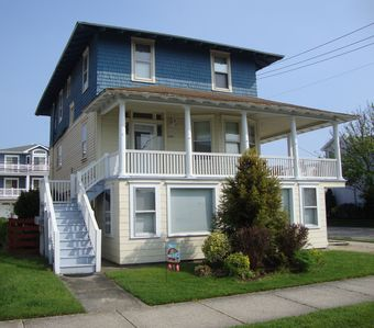 Photo for Labor Day week still available! 3-BR, Ground Floor Apt - Free Wifi, 2 Beach Tags