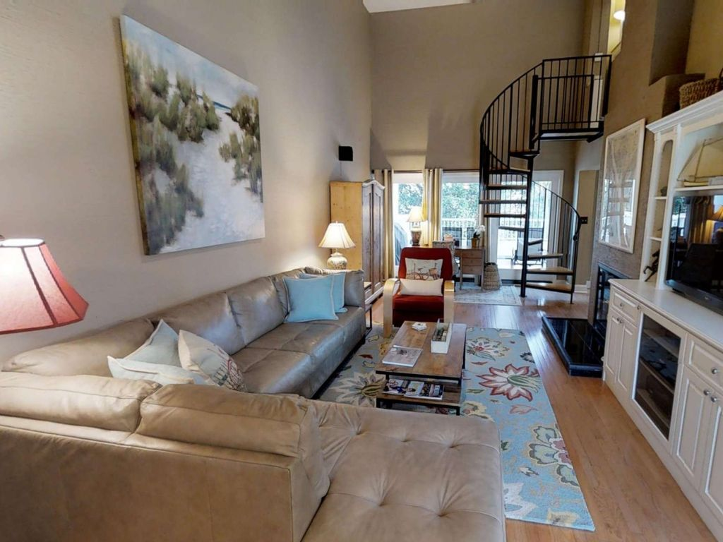 Comfortable Coastal And Casual Beach Villa Only Steps To The Pool Dunes House