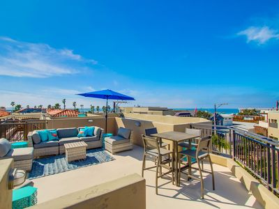 BEACH SPECIAL! Gorgeous Family Vacation Rental, Rooftop Deck & Garage Parking!