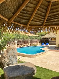 4 Bed Luxury Villa , Private Pool, Short Walk To Ritz And Marriott Beach !