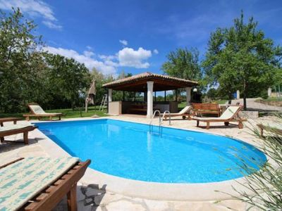 Photo for Holiday house Tinjan for 10 - 12 persons with 5 bedrooms - Holiday house