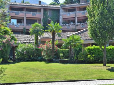 Photo for Apartment Hermitage  in Porto Valtravaglia, Lake Maggiore - 3 persons, 1 bedroom