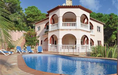 Photo for 6 bedroom accommodation in Lloret de Mar
