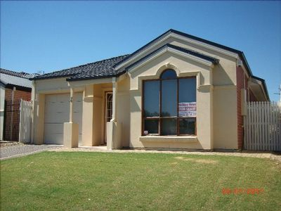 Photo for Victor Harbor - McCracken View Golf Course Frontage 5th Hole