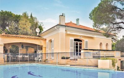 Photo for 4 bedroom accommodation in Sainte Maxime