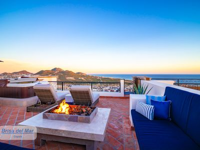 Photo for Brand New Luxury 2BR Penthouse w/private rooftop patio 'Casa Brisa del Mar'