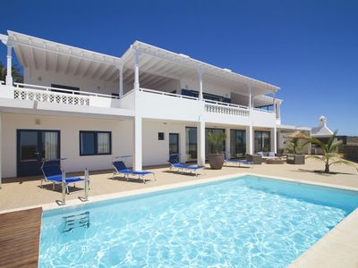 Photo for 4BR Villa Vacation Rental in Yaiza, Canary Islands