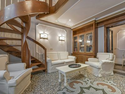 Photo for Gea - Classic style 3bdr apartment in Florence