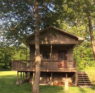 Photo for Little Cozy Cottage near Greenbrier (PGA) and Homestead and local Fly fishing