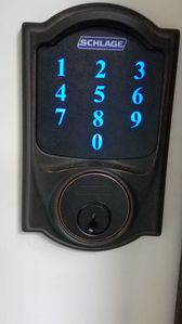 easy check in w electronic lock
