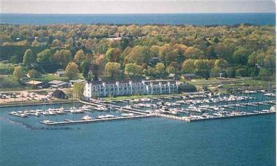 Surround yourself with spectacular Lake Charlevoix views.
