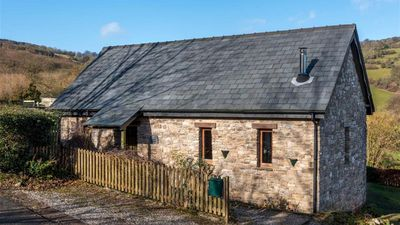 Photo for Cuckoo Cottage - Two Bedroom House, Sleeps 4