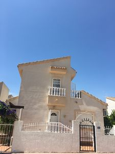 Photo for Detached villa - 3 Double Bedrooms, full Aircon and free wifi