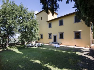 Photo for Elegant  luxury villa near Florence  with private pool and winery