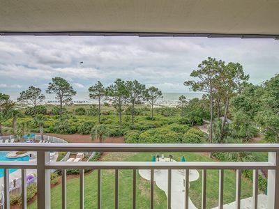Photo for Ocean Dunes Villa 418 - cozy oceanfront walking distance to dining, shopping