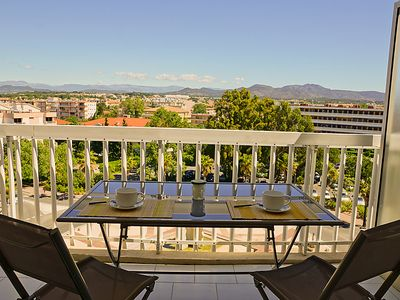 Photo for One bedroom Apartment, sleeps 4 in Fréjus with Air Con and WiFi