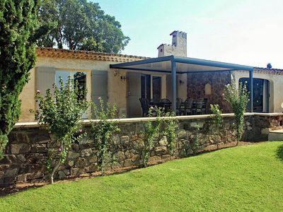 Photo for Characteristic villa a short distance from Sainte-Maxime and Saint-Tropez