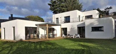 Photo for NEW - Large and beautiful modern house 50 m from the beach for 6 to 9 people