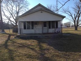 Photo for 2BR Cabin Vacation Rental in Nason, Illinois