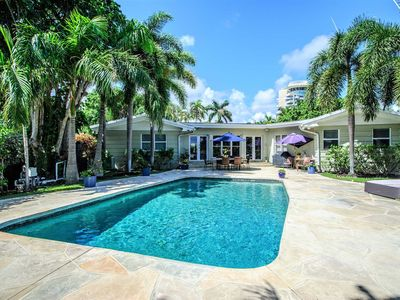Photo for Paradise Point!  Your Own Waterfront Resort!