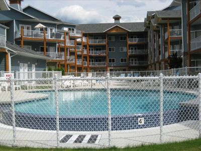 Photo for 2BR Condo Vacation Rental in Sicamous, BC