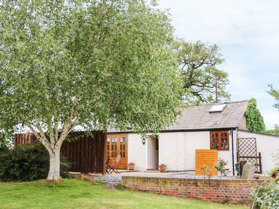Photo for CHESHIRE CHEESE COTTAGE, romantic in Tattenhall, Ref 957274