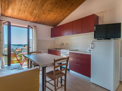 Photo for Apartment Complex Ivan / Apartment with Balcony and Sea View Ivan A4