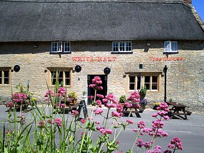 Photo for A lovely apartment in the grounds of a thatched village Inn in beautiful Dorset