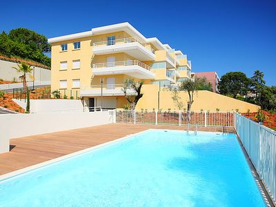 Photo for One bedroom Apartment, sleeps 4 in Nice Saint-Augustin with Pool, Air Con and WiFi