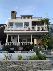 Large, S. Manhattan Beach Walk Street Oasis Steps to Sand with Roof Deck & Views