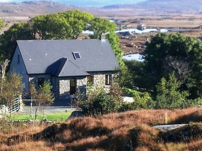 Photo for Rosmuck: Traditional cottage in beautiful Connemara