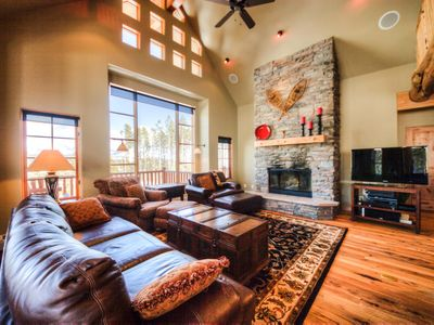 Photo for Charming mountain home in Big Sky Resort with incredible views and hot tub
