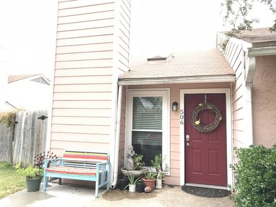Photo for Pet friendly, garage, enclosed patio in super location near downtown Allen.