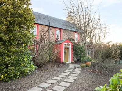 Photo for THE WEST WING, pet friendly in East Linton, Ref 998968