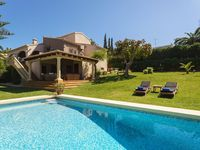 Beautiful villa and very spacious. Everything you need for a large group