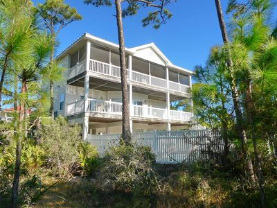 "Photo for Ready After Hurricane Michael! FREE BEACH GEAR! Plantation, Pets OK, Pool, Wi-Fi, 4BR/4.5BA ""Dancing Dolphin"""