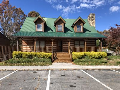 Photo for Wears Valley Lodge}No Steep Roads-Easy Access-WiFi-Hot Tub-Game room-Hot tub